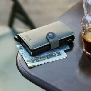 secrid miniwallet matte green black 8